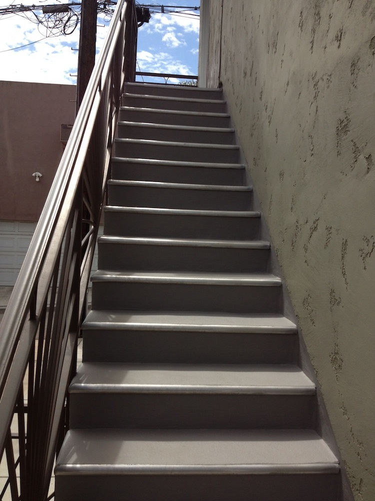 Olive - Outer Stairs
