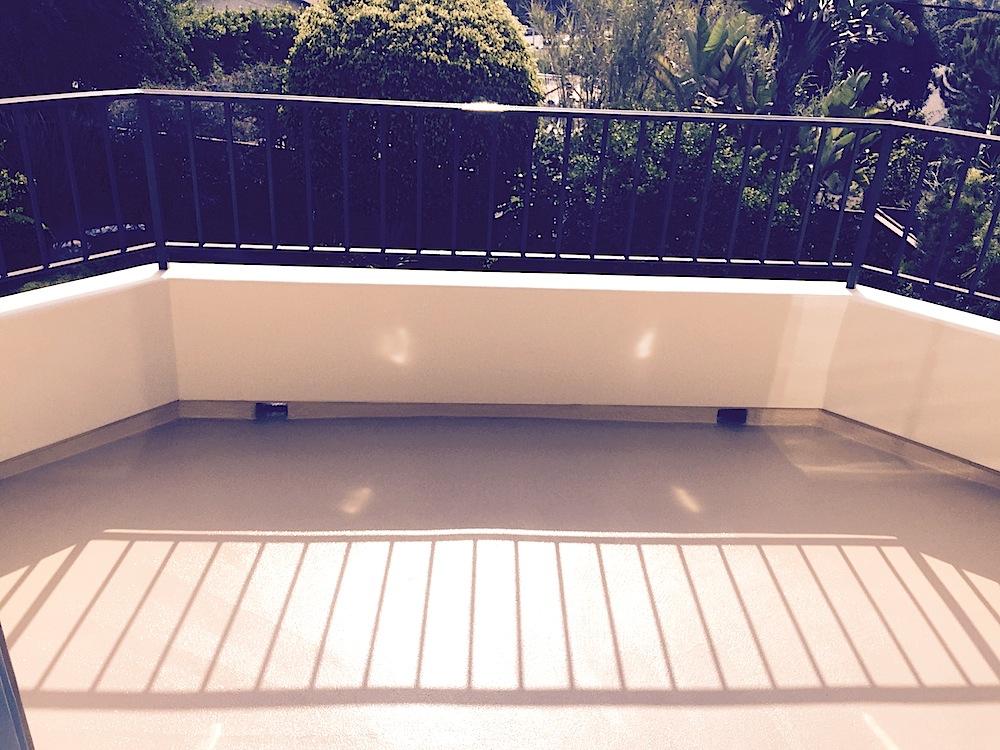 Outer Deck Balc 1